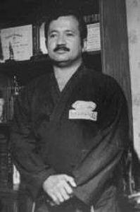 Grandmaster Louis Lagarejos